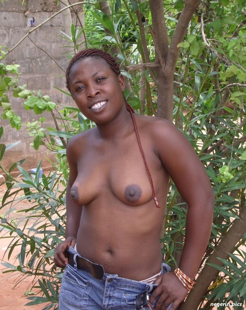 Pornpics of black nigerian girls been exposed — photo 5