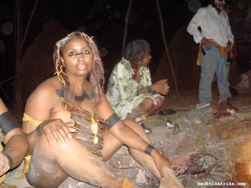 Nackt Urlaubsfotos Von Afrikanischen Frauen Bilder Von Nackten