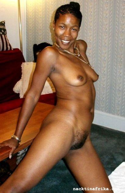 nackte haarige afrikanische Frauen