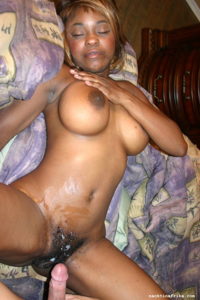 Men girl naked suck vagina